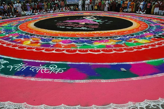 tw_rangoli-indian-art-flour-sand-11_650